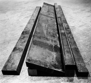 24RichardSerra.jpg